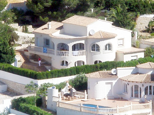 Hier zien jullie de villa, waarin wij een week lang heel veel plezier met elkaar hebben beleefd.